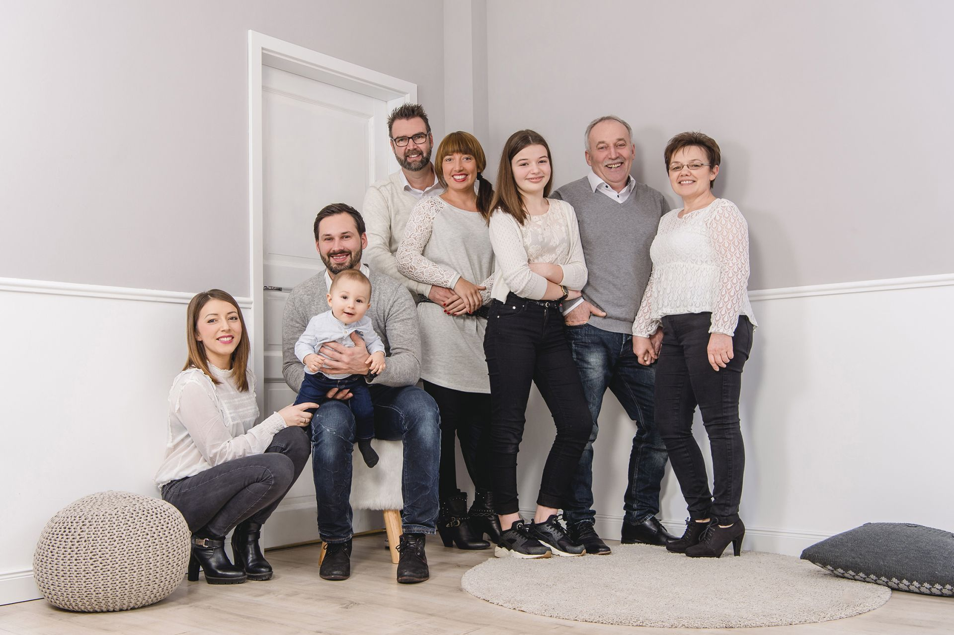 Familienfotos-Familienfotografie-Porträtfotografie-Fotografie-Katharina-Müller-Limburg-Eschhofen-www.fotografie-km.de-Indoor-und-Outdoor-Kinderfotografie-Shootingtipps